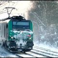 Hier kommt die selbe SNCF-Lok zurück mit einem Kesselwagenzug am Haken.