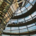 """2010-10-31 Berlin - GER:  """"Spirale auf dem Parlament? """" - © reinhard uhlich"""