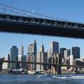 """2007-10-29 Manhattan / New York - USA:  """"Bridges? """" - © reinhard uhlich"""
