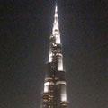 """2010-12-25 Dubai - UAE:  """"Burj Khalifa 824 m - by night? """" - © reinhard uhlich"""