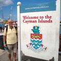 "2014-01-02 Cayman Islands - CAY:  ""Bank-Konto neu? "" - © cornell ripperger"