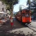 Vom Hafen zum Ort mit der Straßenbahn