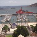 Vom Yachthafen kommt man bequem in die Stadt