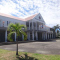 Großes, schönes Amtsgebäude