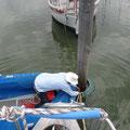 In der Marina befestigen wir unser Schiff