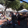 und jeweils Dienstag und Samstag gibt es einen Flohmarkt
