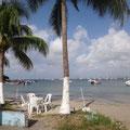 Blick vom Strand auf die Bucht