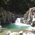 Hier fällt der Fluss in ein tiefes Becken