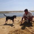 Beim Muschelgraben hätten wir beinahe einen Hund bekommen