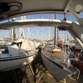 Der Blick von unserem Boot auf die Nachbarn