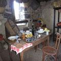 Innen noch mit Möbel aus dem 17. Jahrhundert