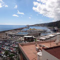 Der Hafen vom oberen Stadtteil gesehen