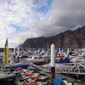 Der kleine Hafen von Los Gigantes