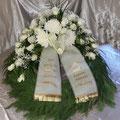 Kranz 70 cm, weisse Rosen & Chrysanthemen