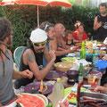 Zé l'été 2013 - Repas avec Batakoa - © Association Zé Samba