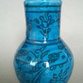 Vase rond bleu - motif floraux en noir