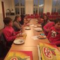 23.10.2015: Wissenstest & Pizza essen