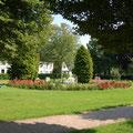 """Die Park Vor dem Oberlandesgericht zwischen """"Gottorfstraße"""" u. """"Herrenstall"""""""