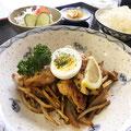 日替わり定食 ハーブチキングリル 777円(税込)