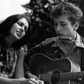 Joan-Baez-Original-Hippie-Hair.
