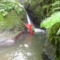 E川さん、この後シャワークライミングで滝を突破。ありがとう!