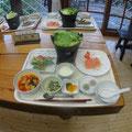 金峰山荘夕食 レタス鍋。