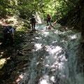 快適なナメ滝の遡行。