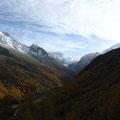 Vue sur la frontière avec le Val d'Aoste en fond de vallée