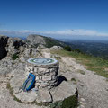 La table d'orientation au sommet du Pic des Mouches