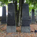 50 Jettchen Rosenthal (links) aus Bad Nauheim , gest.26.11.1916