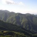 Blick nach Norden auf die kahlen Gipfel