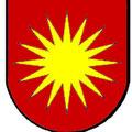 in Anlehnung an das Wappen des Landesstatthalter Bäldi, Gründer des Freibergs, 17 strählige Sonne