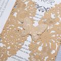 Lasercut Karte #C0073 in Metallic Gold, Schmetterling mit Heißfolienprägung in Silber