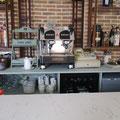 Mueble sotabanco para cafetería. Lacado verde