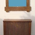 Cubre radiador rustico con espejo, pino macizo envejecido y teñido color nogal