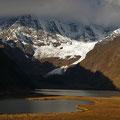 Cordillera  Ancashs laguna Mitococha