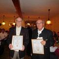 60 Jahre aktives Mitglied im Verein. Andreas Wirth und Ehrenvorsitzender Georg Wild.