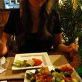 """Griechischer Salat beim Abendessen im """"Carnivoro"""""""