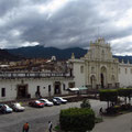 Parque Central mit Kathedrale