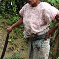 Doña Teresa mit ihrer Machete - die Frau ist einfach der Hammer!