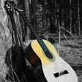 Gitarre auf Wanderschaft