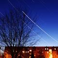 19.03.2012 ca. 22Uhr Sternspuren über Leinefelde,Konrad-Martin-Strasse...zusammengesetzt aus 346 Aufnahmen mit jeweils 25 sekunden Belichtungszeit, 18mm Brennweite,Blende 11,Iso 400.....das alles auf einem Stativ aus meinem Küchenfester festgehalten