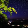 12.05.2012  Hasenburg mit Blick auf Wallrode und Grossbodungen, aufgenommen zusammen mit Uwe Petzl... die Sternstrichspuren sind aus 20 Einzelaufnahmen enstanden