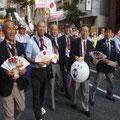 福岡市内のパレード