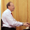 пианист Виктор Новожилов