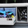 Egal ob Ski, Kiteboards oder Snowboards - mit der TRAVEL-SLEEP-BOX organisiert Reisen