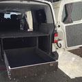 Fahrzeugausbau T5/T6 Caravelle langer Radstand mit 1m Vollauszug