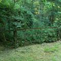 Ancienne barrière sur la ligne de chemin de fer