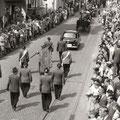 19_2789_Stennertstr. Festumzug  11  1955  Bild J. Eisermann