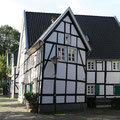 142_2673_Fachwerkhäuser in Hlbg